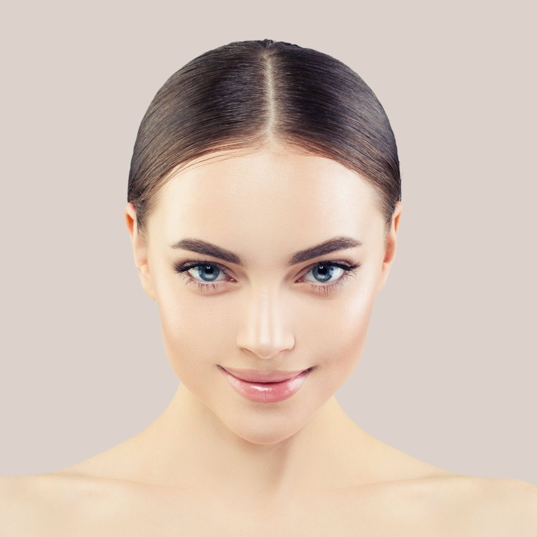Dark haired beauty demonstrating Fox Eye Look by Medical injectables in Wollongong and Orange NSW